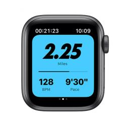 Apple Watch Nike SE GPS, 40mm Space Gray Aluminium Case with Anthracite/Black Nike Sport Band - Regu  + VYHRAJ PEUGEOT 208
